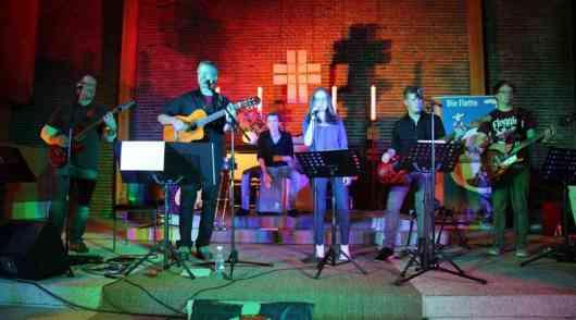 Super Musik mit Super Acts beim Gospel Rocks 2015